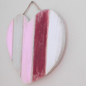 Rustic Pallet Heart - Wooden Heart Sign - Heart Decoration - Home Decor