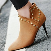 New suede metal rivet short shoe with pointed head shoes