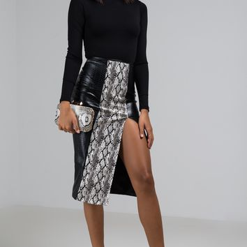 AKIRA Label Faux Leather Snakeskin Pattern Blocked Midi Skirt