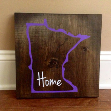Minnesota Wood Sign, Custom Minnesota State Sign, Stained, Hand Painted, Personalize, Minnesota decor