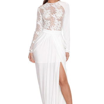 Clothing : Max Dresses : 'Serica' White Lace Long Sleeved Maxi Dress