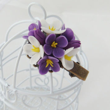 Girl hair clip - purple flower clip. Hair flower. Clay floral clip. Polymer clay flower (cold porcelain). Hair accessory. Gift for her, girl