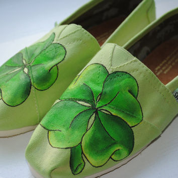 Hand Painted Toms in a Four Leaf Clover by PaperHeartsApparel