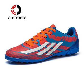 LEOCI Mens Soccer Shoes Sport Boys Street Training Football boots Sneakers botas de futbol Student Soccer Trainers Size 32-45