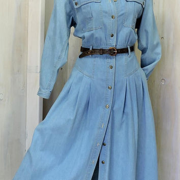 Denim Maxi dress / long denim duster / long sleeve jean dress /  boho / western / grunge / 80s  Liz Claiborne / size  M / 7 / 10