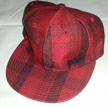 Nike 6.0 Hat Cap Stretch Fit Size Xl Red Black Plaid Skateboard Embroidered