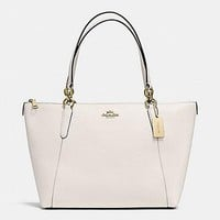 New Authentic COACH F57526 AVA Crossgrain Leather Tote Shoulder Bag Purse Chalk White