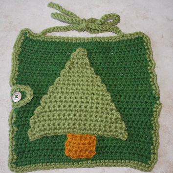 Crochet Adjustable Green Baby Bib with by MrsSchafferCreations