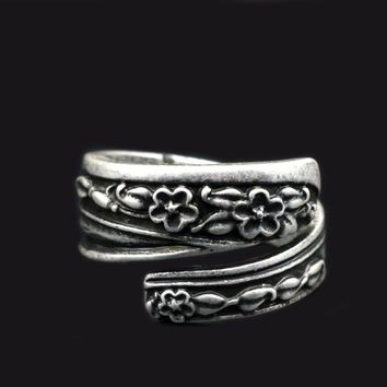 1pcs Antique Silver Flower Wedding Ring For Women Adjustable Spoon Rings R09