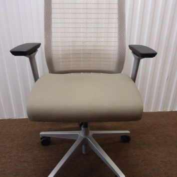 Steelcase Think Chair in 3D Knit back, Like New