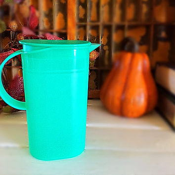 Tupperware, Child Tupperware, Child Tea Pitcher, Childrens Pitcher, Tupperware Pitcher, Vintage Tupperware, Child Plastic Pitcher, Teal