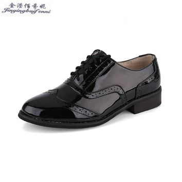 Four Seasons Hot Genuine leather patent leather black women oxford shoes Flat shoes leisure Derby shoes Wing Tip Business Shoes