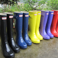 FAST SHIPPING 2016 NEW Ms. glossy Rain Boots Waterproof Women Wellies Boots Woman Rain Boots High Boot Rainboots Hot Sale 2016009
