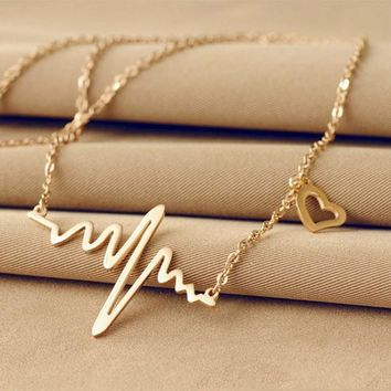 Wave Heart Necklace Romantic Love Electrocardiogram Pulse Charm Pendant Necklace Heartbeat Necklace Silver Gold Women Jewelry