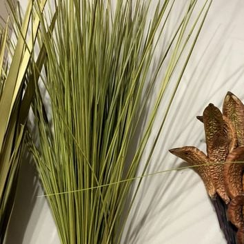 Preserved Whip Grass in Basil Green - 8 oz Bunch