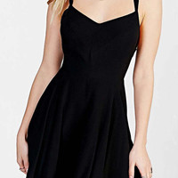 Black Sweatheart Neckline Backless Mini Dress
