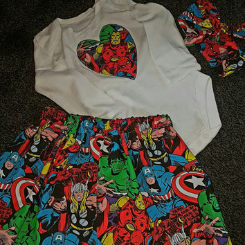 Handmade baby girl 12-18 months shirt,top and bow headband... comic book fan set... cute baby set first birthday outfit...super heros fabric