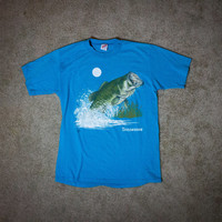Vintage SOFT THIN Tennessee Fishing Bass Tee! UNISEX Size Medium
