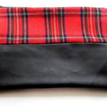 Foldover Clutch Tartan & Black Faux Leather  - Large size zipped clutch - Red Plaid Large Bag - Women's Gift -Clutch Purse - Made to order
