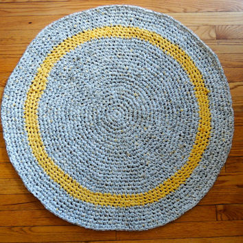 Yellow and Gray Circle Rag Rug -- Round, Cotton