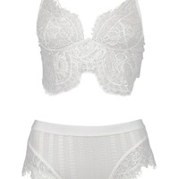 Eyelash Lace Scallop Set | Boohoo