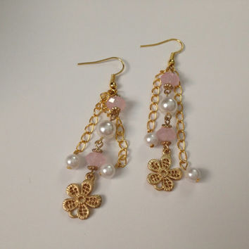 Dollar Days Sale: Pink and white dangle earrings