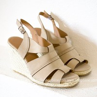 Shelly Taupe Nubuck Wedges