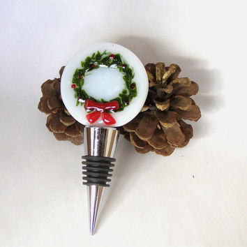 Wine Bottle Stopper - Fused Glass Bottle Stopper - Holiday Christmas Wreath