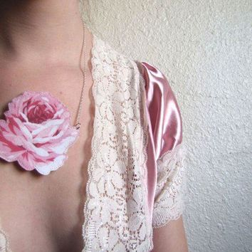 Coming Up Roses Signature Rose Necklace by cominguproses on Etsy