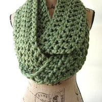 New Green Chunky Scarf Fall Winter Women's Accessory Infinity