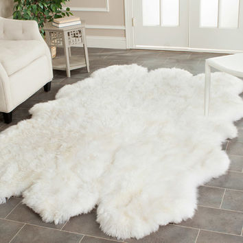 Safavieh Sheepskin White Area Rug