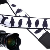 Personalized camera strap-soft and well padded camera strap. Arctic penguin camera strap. Best accessory for photgraphy lovers.