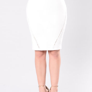 Blending With That Scene Skirt - White