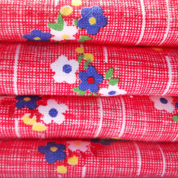 Retro Kitchen Dish Rags / Set of 4 / Vintage Fabric Red Flowers Yellow Blue White / Dorm Room Wash cloths Gift