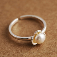 women retro 925 sterling silver ring girl unique pearl adjustable ring + gift box + free shipping 236