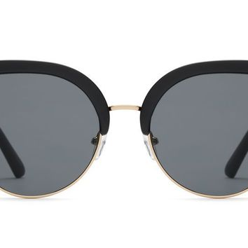 Quay - Oh My Dayz Black Sunglasses / Smoke Lenses