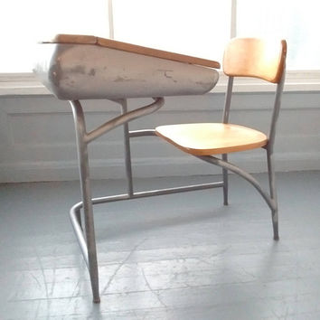 Vintage, School Desk, Heywood Wakefield, Kids Desk and Chair, Childrens Desk, Metal and Wood, Mid Century, RhymeswithDaughter
