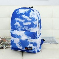 Hot-selling 2017 new blue sky white clouds leisure graffiti backpack men women's  college students school bag