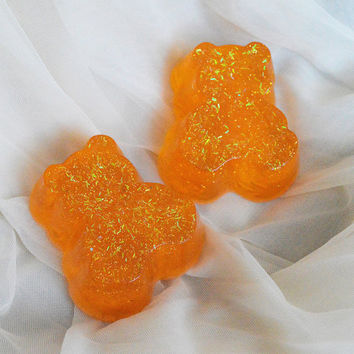 Glycerine bath soap - Glittery bear - orange bathcare colored glitter soap - cinnamon fragrance - kittenplay ddlg aftercare