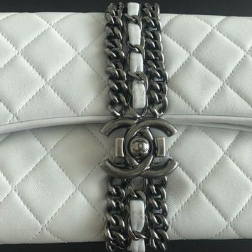 ONETOW White Chanel Evening Clutch Bag With Chain
