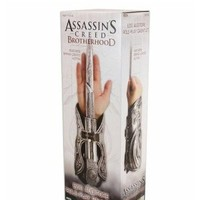 Assassin's Creed Ezio Auditore Gauntlet with Hidden Blade Replica