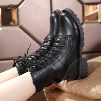 2016 Winter autumn Lace-up Martin boots motorcycle boots women men boots  British fashion handsome lovers Rivets boots