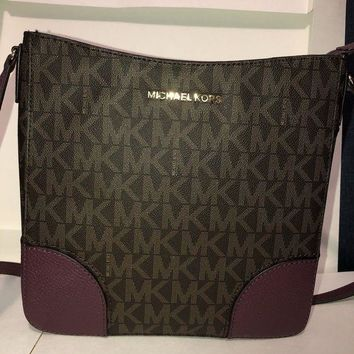 ONETOW MICHAEL KORS HATTIE LARGE MESSENGER BAG CROSSBODY SIGNATURE MK BROWN PLUM $348