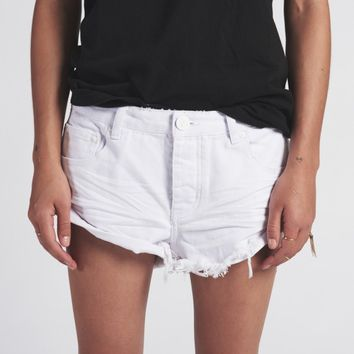WHITE BEAUTY BANDITS DENIM SHORT