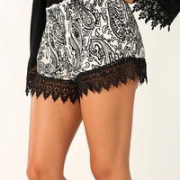 Let It Flow Shorts: Black/White