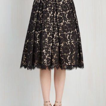 60s Mid-length Full Left In a Spin Skirt in Black