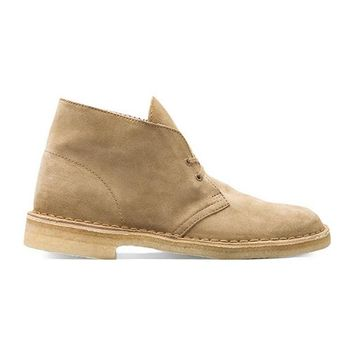 Clarks Originals Desert Boot in Taupe