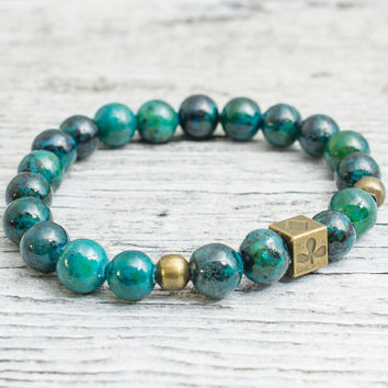 Green phoenix stone beaded stretchy bracelet with bronze Poker pattern bead, mens bracelet, womens bracelet