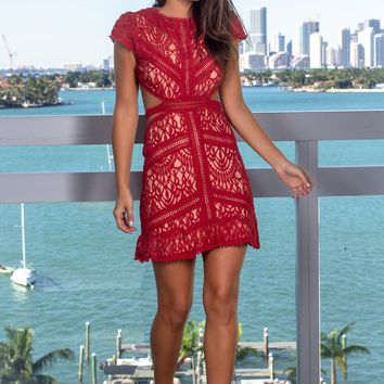 Brick Lace Short Dress with Open Back