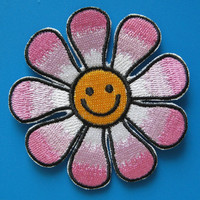 Iron-On embroidered Patch Smiley Flower 3 inch